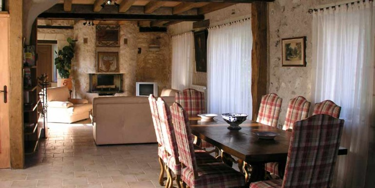 Giraudiere-dining-room