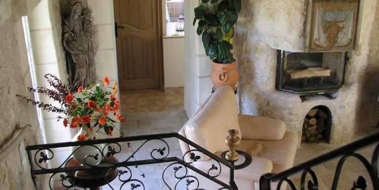 Giraudiere-living-room