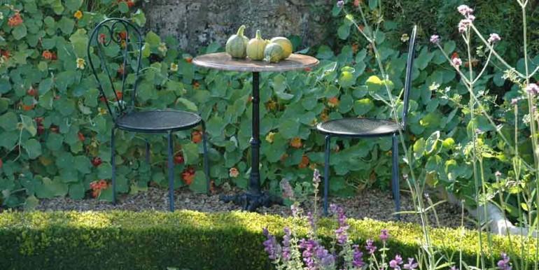 LeChatCourant-kitchen-garden