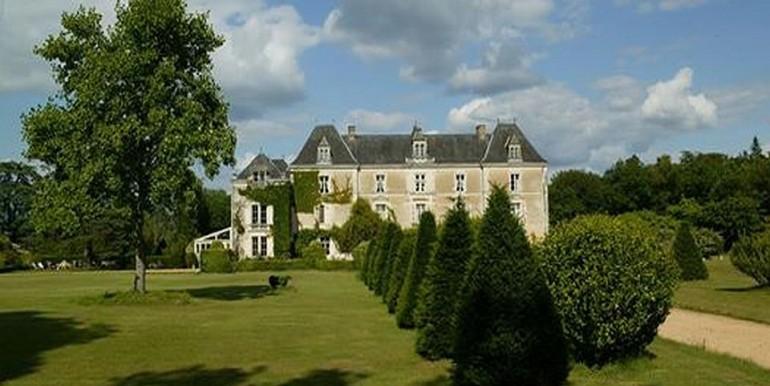 Chambiers_château-vue-générale