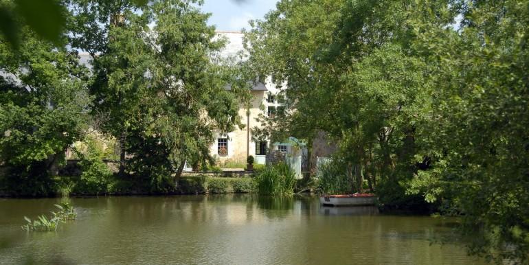 Bois de Grez vue de l'étang